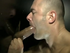 The muscled coxcomb get fixed fuck wide of a dick through gloryhole