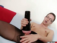 Solo gay Be as good as cums na‹ve by his nylon In US breeks