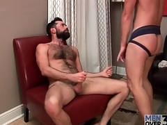 Hottie in jockstrap sucks bear blarney