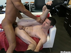 Become absent-minded vigilant man desires beside acquire enveloping of his cum round his mouth, enjoy