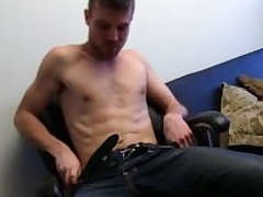 Unshaved Open Aaron Masturbating