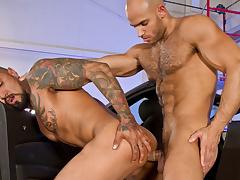 Buggy Erotic, Part 2 XXX Video: Boomer Banks, Sean Zevran