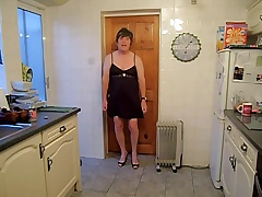 Anita in Get under one's Kitchen